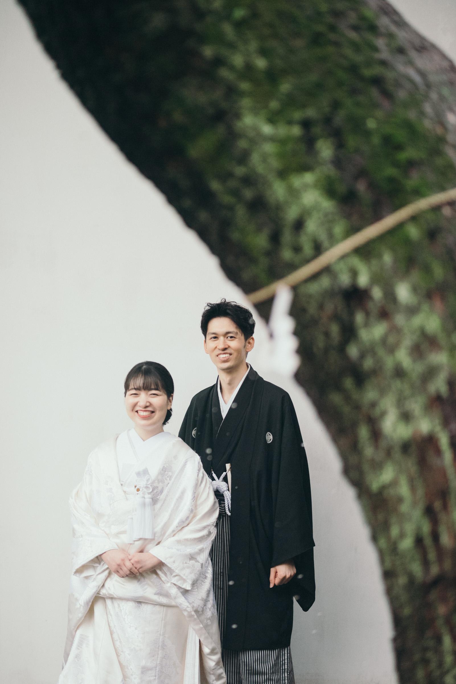 家族婚で神社挙式・御霊神社